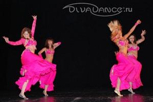 экспрессивный стиль для костюма танца живота